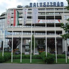 Balusztrád Irodaház (Forrás: nevery.hu)