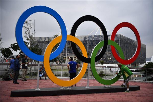 Az olimpiai ötkarika (fotó: Czeglédi Zsolt - MTI)